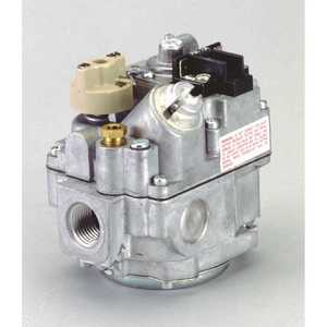 Robertshaw 700-400 1/2 in. Inlet 3/4 in. Outlet 24-Volts Uni-kit Combination Gas Valve